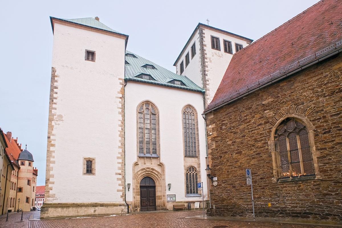 Dom St. Marien, Annenpakelle